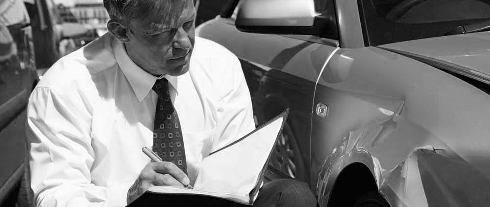 valorar tasador perito valoración coche golpe