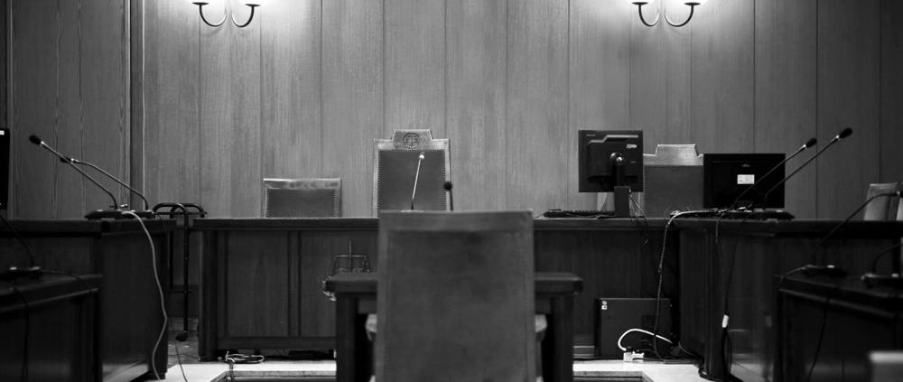 juzgado tribunal abogado parte pleito seguro reclamación