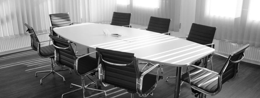 mesa oficina sillas despacho aseguradora regulador supervisor