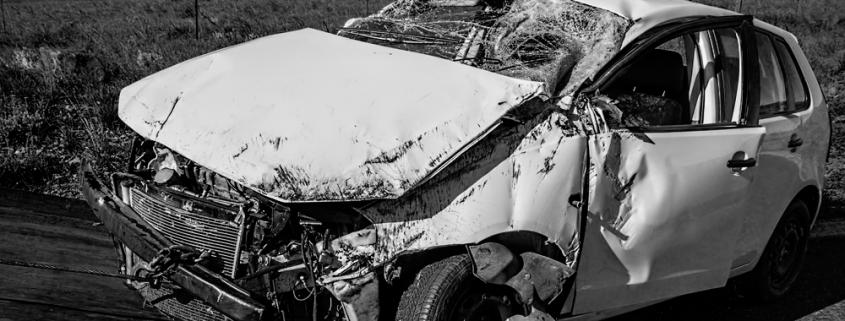 coche accidentado siniestro total vehículo seguro aseguradora