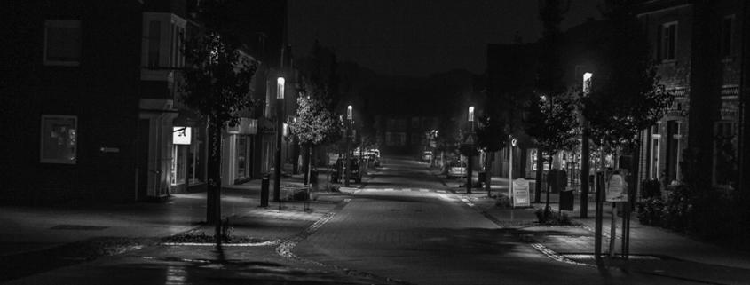 calle noche engaños malos seguros luces oscuro