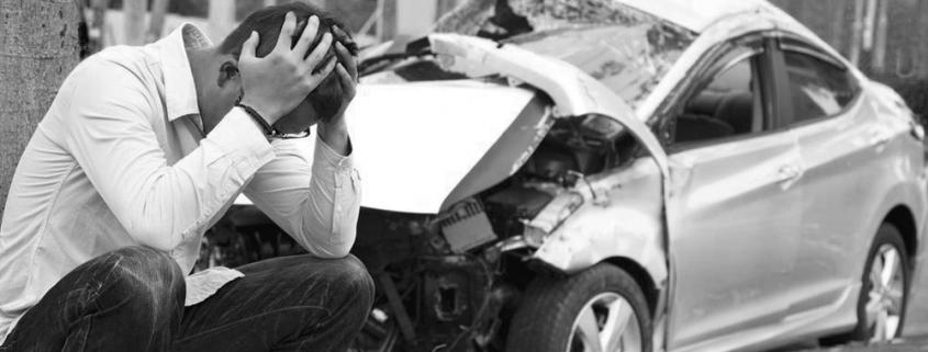 lamentar accidente responsable coche accidentado persona