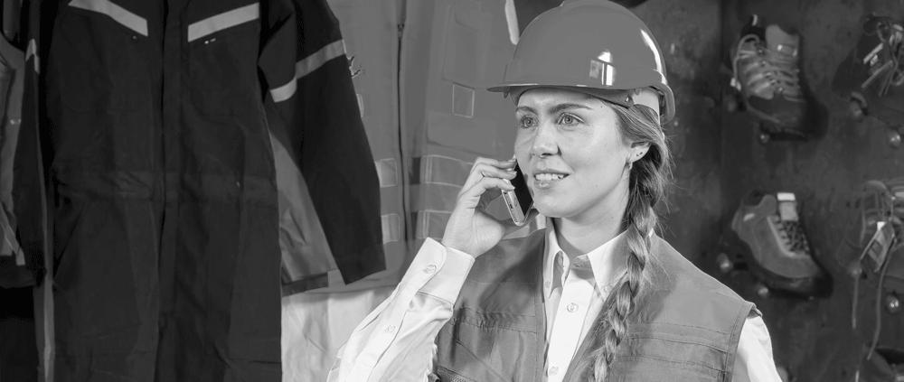 trabajadora dar datos seguro aseguradora accidente casco