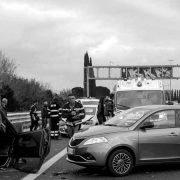 proceso judicial accidentes coche autopista ambulancia persona