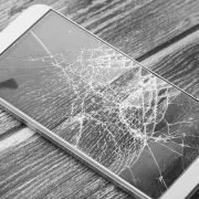 móvil roto seguro aseguradora cristal