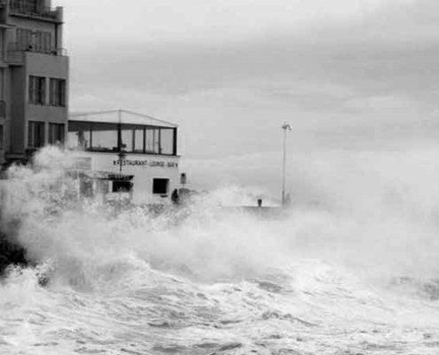 embate de mar seguros oleaje siniestro accidente inundación